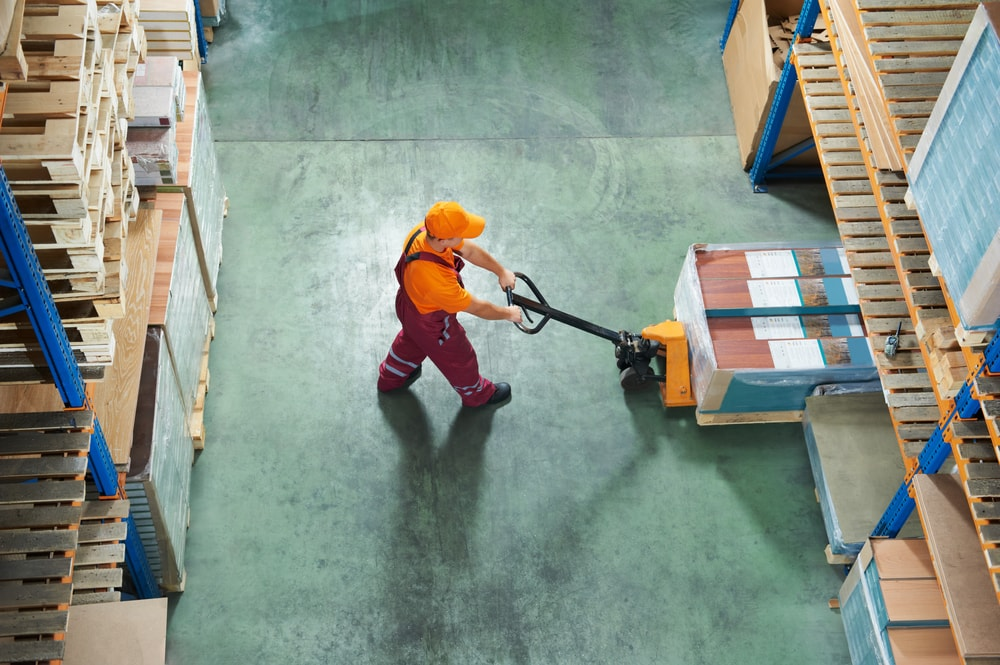Distribution Center Safety Topics for Meetings